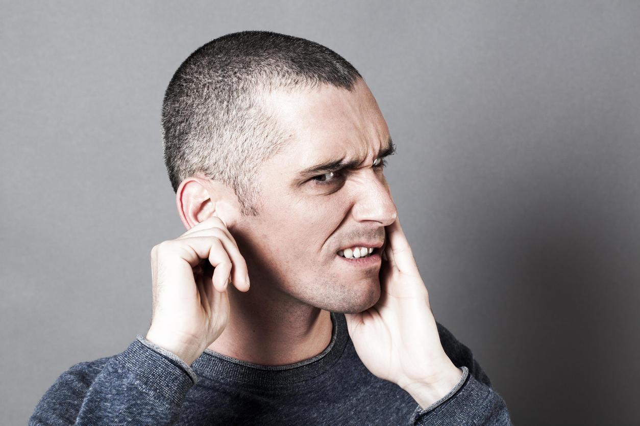 cause acouphene pulsatile oreille gauche