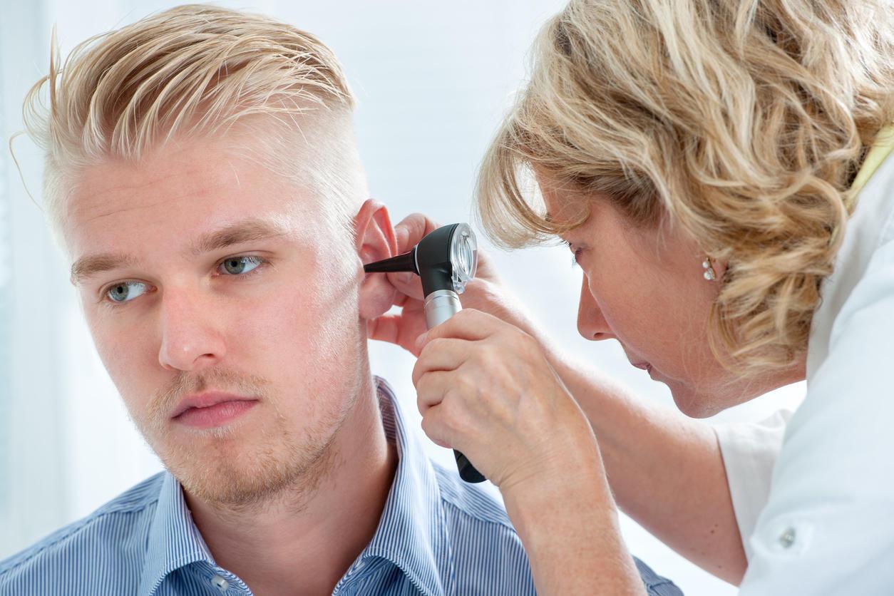 examen clinique acouphene pulsatile oreille gauche